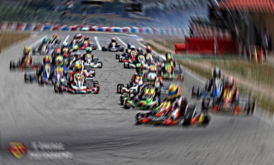 ¡Vota al mejor piloto español del año!
