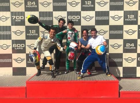 Alonso, Vidales, Burgueño y de la Rosa en las 24 horas de Karting de Dubai