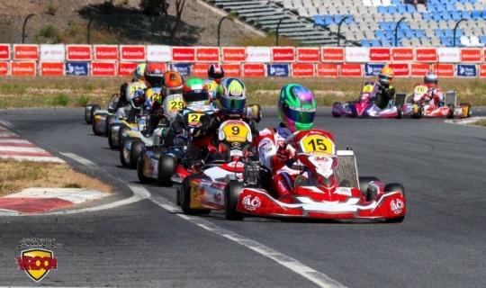 """""""Carrerones"""" en el Kartodromo Internacional Algarve"""