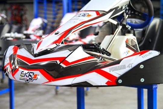 Llega el Phoenix 4T, lo último de EKR Kart Racing