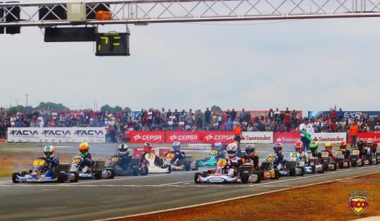 CEK Chiva KZ2 - Victorias para Chaves y Pescador, primer podio para EKR con Dalmau.
