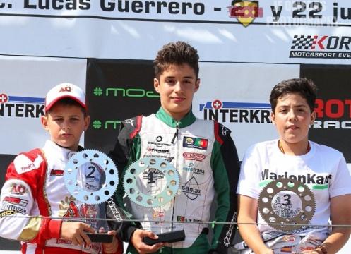 Series Rotax Chiva - Doblete de Oliveira en Junior