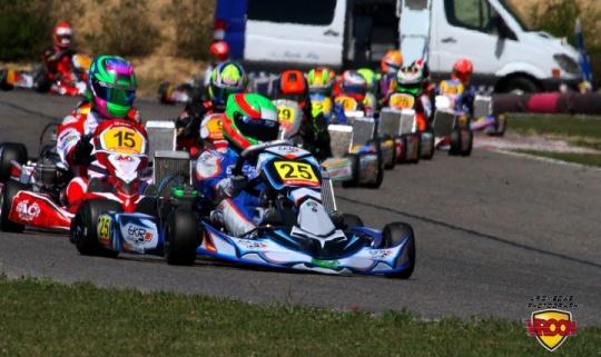 EKR Kart Racing - Caminando con paso firme