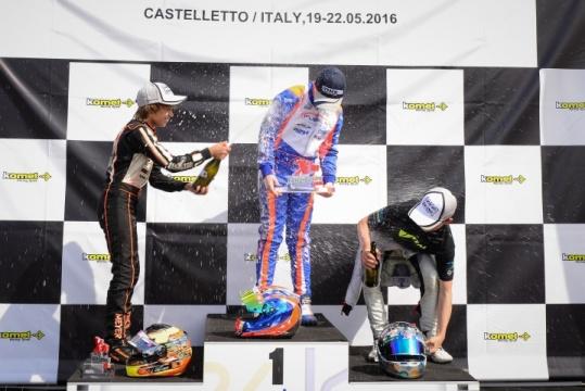 X30 Euro Series - Kilian Meyer en el segundo escalón del podio, Óscar Palomo quinto