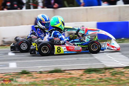 Hivern Karting - Raúl Zunzarren vence por 13 milésimas sobre Álex Martínez