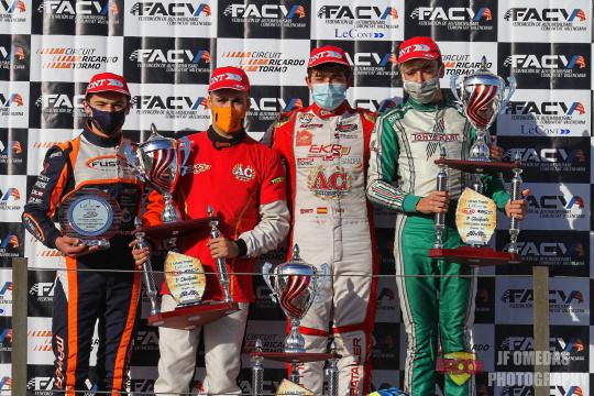 Iván Bataller cierra el año con victoria en Chiva