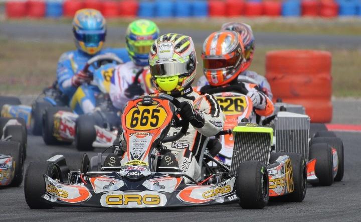CRG con equipo oficial en las competiciones Rotax 2015
