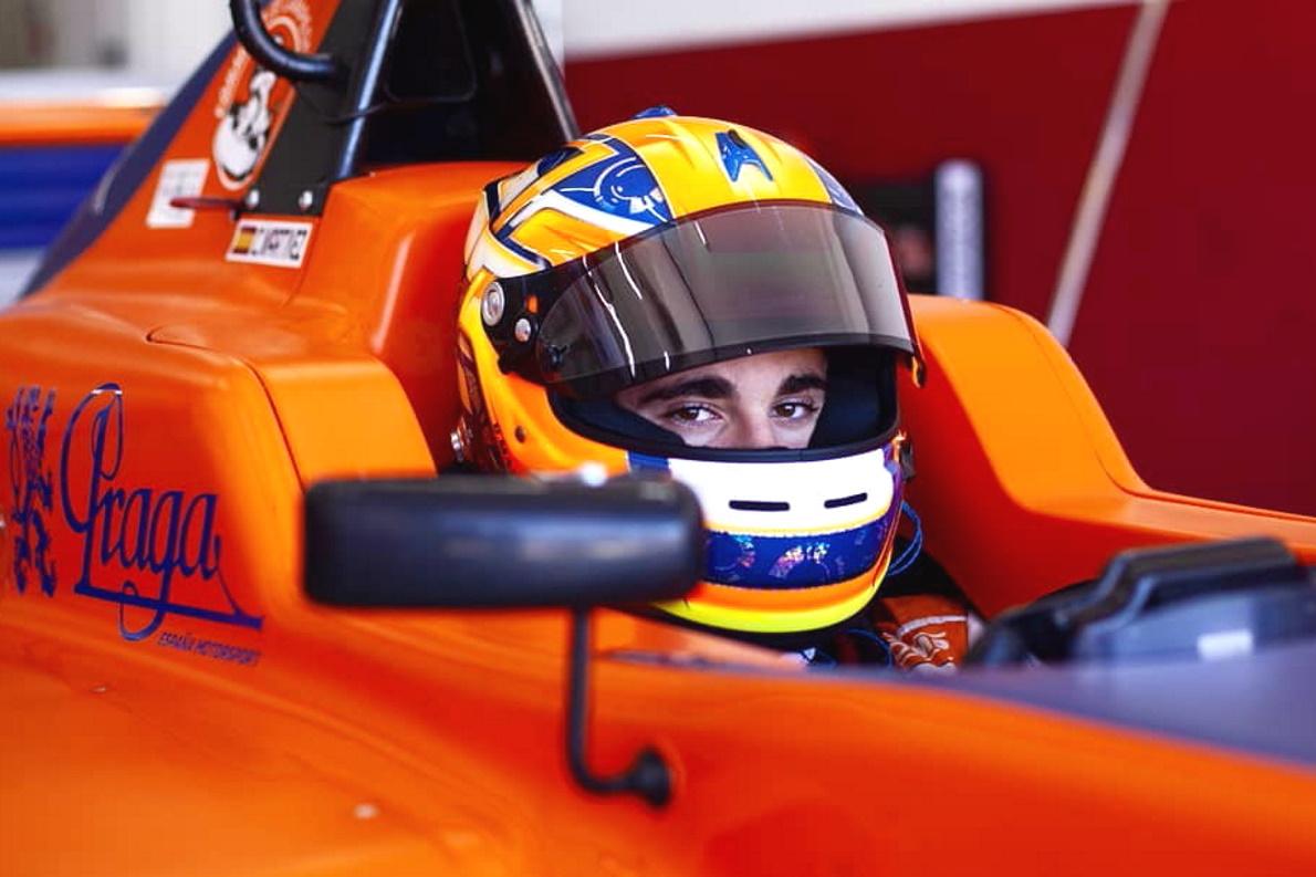 """Carles Martínez: """"El KZ2 es lo que más se asemeja al F4, pero el pilotaje es totalmente diferente"""""""