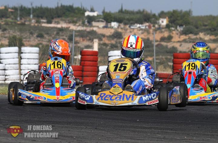Aaron García se impone en Carrera 1, título y victoria en Carrera 2 para Adrián Malheiro