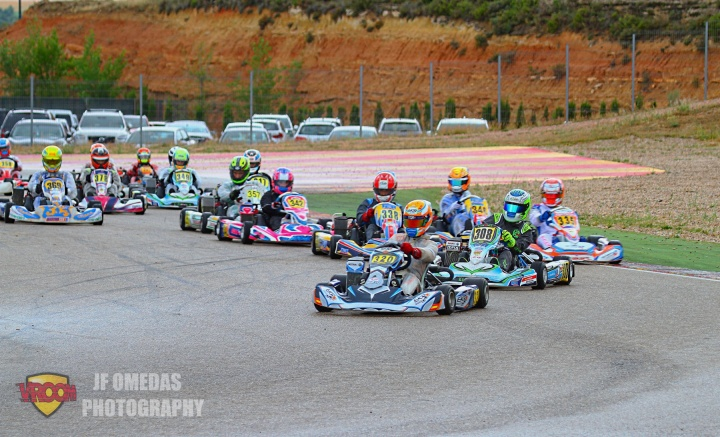 Axel Charpentier se impone en Motorland, victorias en carrera de Quentin Dupuis y Ricardo García