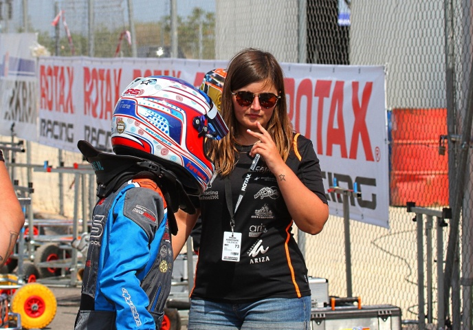 Las mujeres en el karting