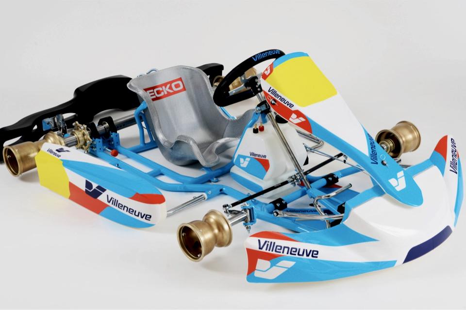 ¡Jacques Villeneuve lanza su línea de chasis!